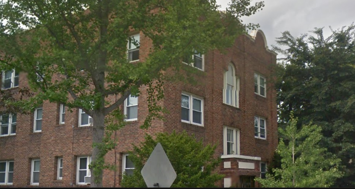 My first apartment building in Minneapolis, MN, 1988.  Photo credit:  Google Maps
