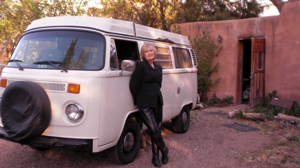 The other half of the Beatlick Sisters:  Pamela Hirst, with her bus in front of our friend John's home.  Corrales, New Mexico.  Photo credit:  ka